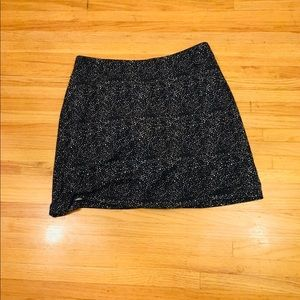 Black and grey skirt knee length stretchy comfy S